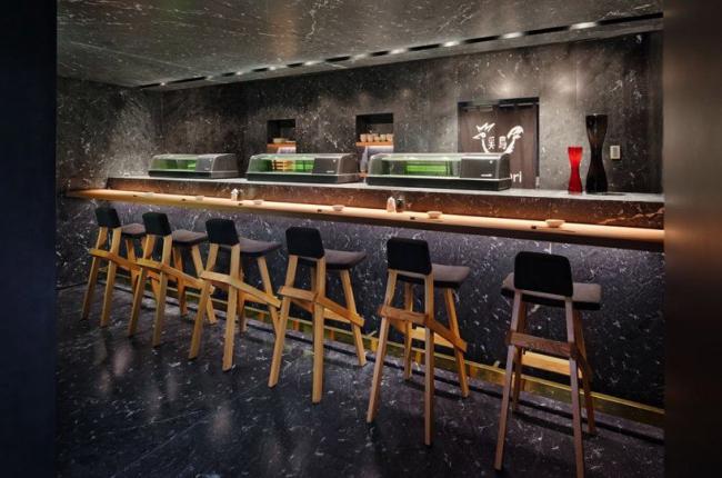 Японский ресторан «Тори-Тори». Фото  Paúl Rivera, © Rojkind Arquitectos