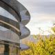 Bloomberg: сотрудники Apple постоянно врезаются в стёкла в новом кампусе из-за невнимательности